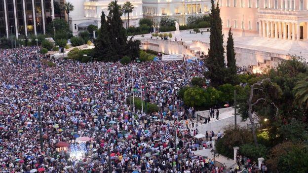 Manifestantes en Grecia.