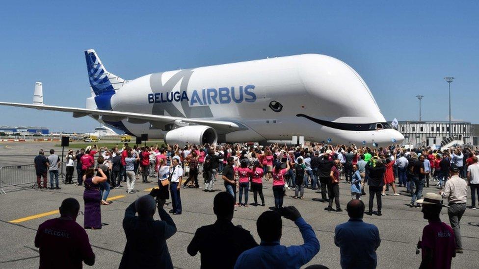 Así fue el primer vuelo del Airbus BelugaXL — Una ballena voladora