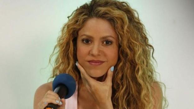 Shakira aviva la polémica independentista con una foto de su hijo Milan