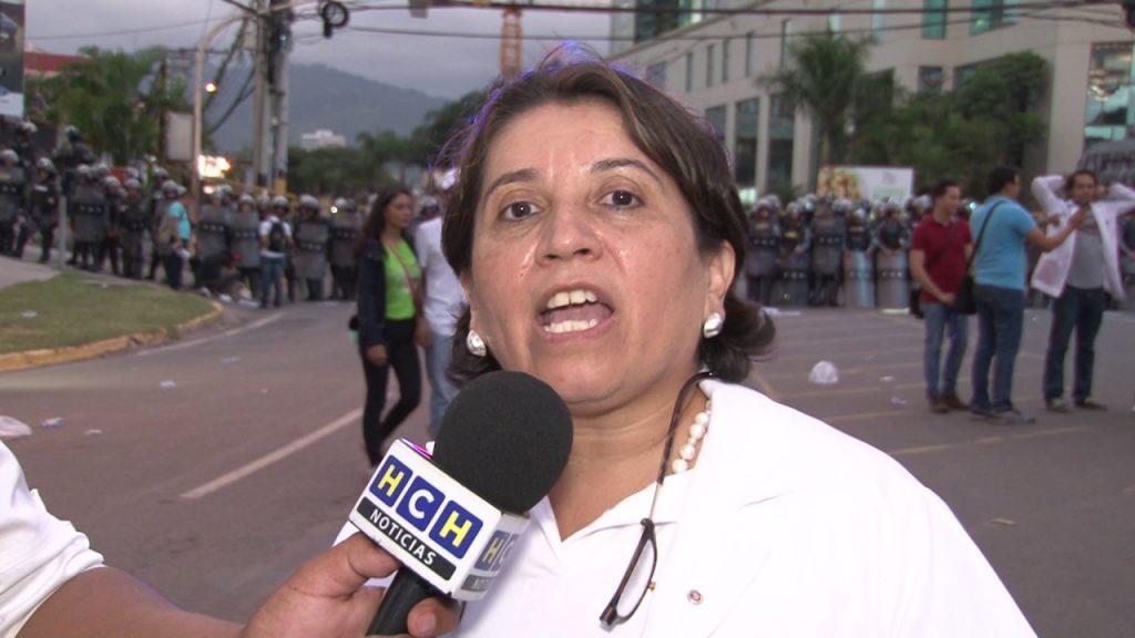 """""""Es una crisis provocada para activar la empresas que tienen montadas"""" Suyapa Figueroa"""