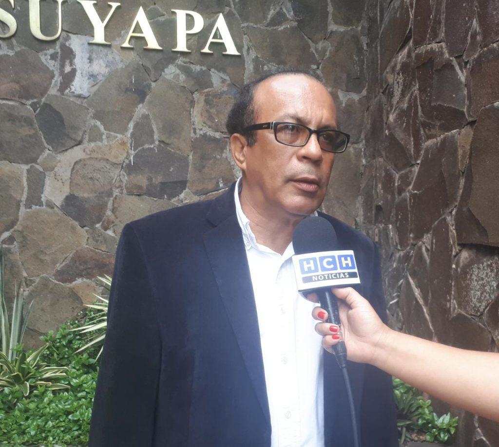 Presidente de La Chico Oscar Calona, lamenta la partida del ingeniero Alejandro Álvarez