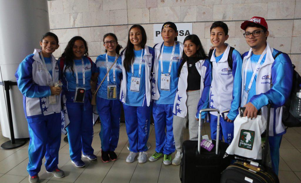 Bañados de oro, plata y bronce regresan deportistas hondureños del #Codicader2018 en #Panamá