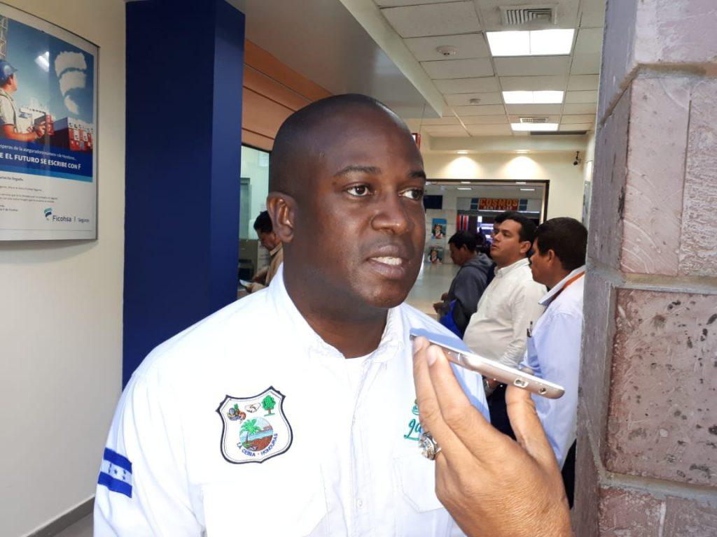 La empresa de camiones recolectores es la que le debe a sus trabajadores :  Alcalde de La Ceiba