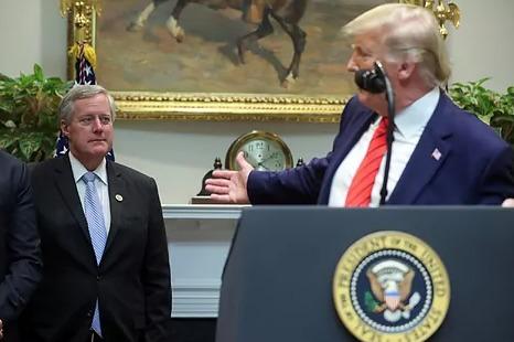 Trump nombra a Mark Meadows como nuevo Jefe de Gabinete del gobierno