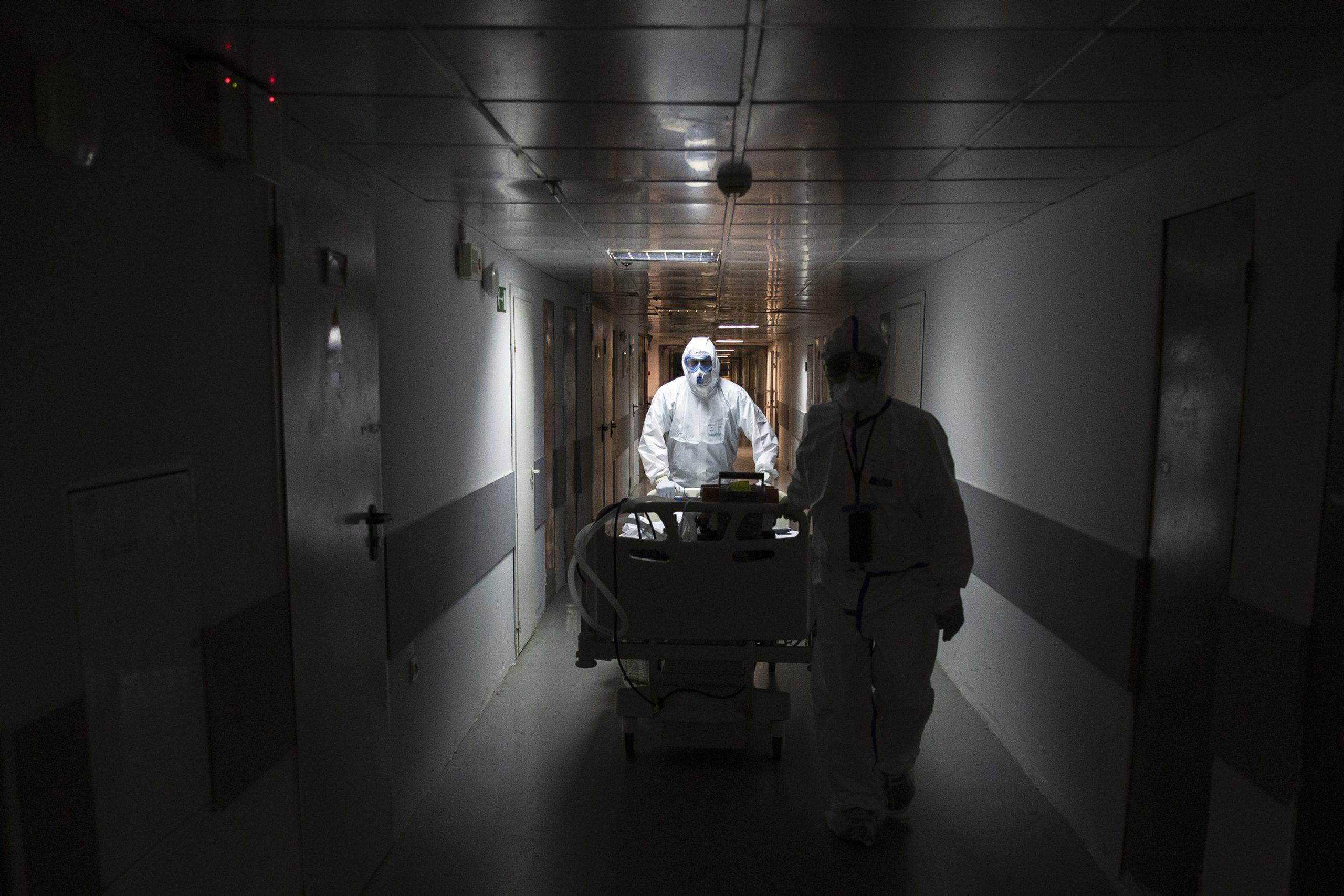 Rusia suma más de 300.000 casos de coronavirus